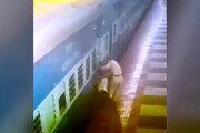 فیلم | صحنه هولناک گیرافتادن یک مسافر بین سکو و قطار در حال حرکت!