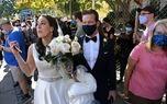 شادی خیابانی عروس و داماد آمریکایی هوادار بایدن +عکس